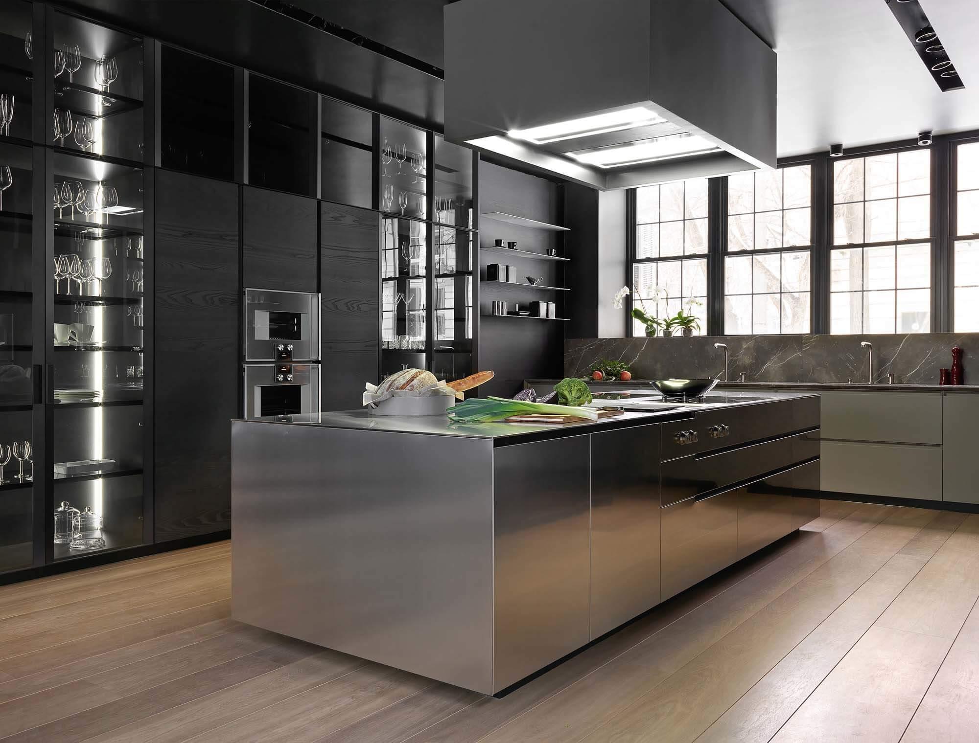 Кухня с металлическим цветом